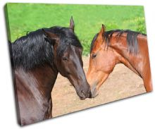 Horses in Love Animals - 13-1085(00B)-SG32-LO